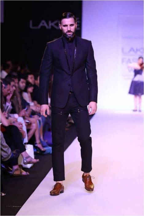 Narendra Kumar at Lakmé Fashion Week Summer/Resort 2014